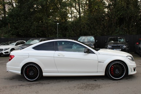Mercedes-Benz C Class C63 AMG - PERFORMANCE PACKAGE- CARBON- MEDIA-16K FACTORY OPTIONS -LSD-FMBSH 4
