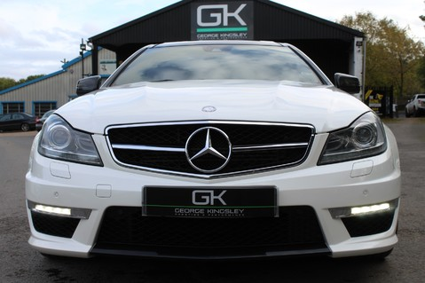 Mercedes-Benz C Class C63 AMG - PERFORMANCE PACKAGE- CARBON- MEDIA-16K FACTORY OPTIONS -LSD-FMBSH 10