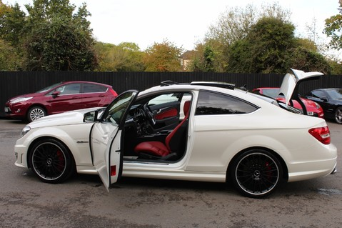 Mercedes-Benz C Class C63 AMG - PERFORMANCE PACKAGE- CARBON- MEDIA-16K FACTORY OPTIONS -LSD-FMBSH 20