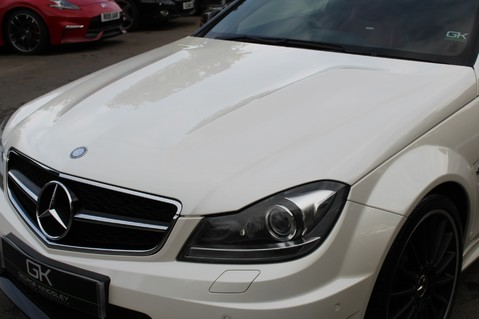 Mercedes-Benz C Class C63 AMG - PERFORMANCE PACKAGE- CARBON- MEDIA-16K FACTORY OPTIONS -LSD-FMBSH 34