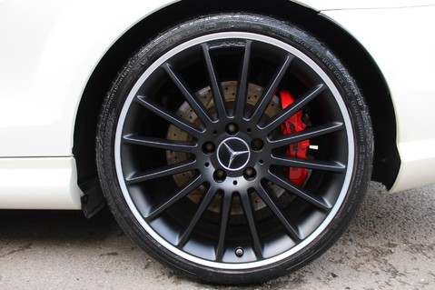 Mercedes-Benz C Class C63 AMG - PERFORMANCE PACKAGE- CARBON- MEDIA-16K FACTORY OPTIONS -LSD-FMBSH 89