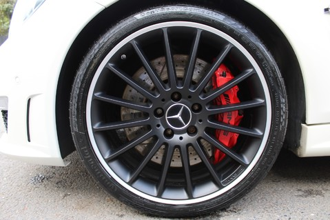 Mercedes-Benz C Class C63 AMG - PERFORMANCE PACKAGE- CARBON- MEDIA-16K FACTORY OPTIONS -LSD-FMBSH 90