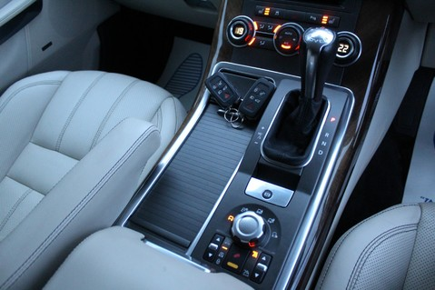 Land Rover Range Rover Sport OVERFINCH TDV6 HSE - BODY KIT- 22 INCH ALLOYS - HEATED STEERING WHEEL 51