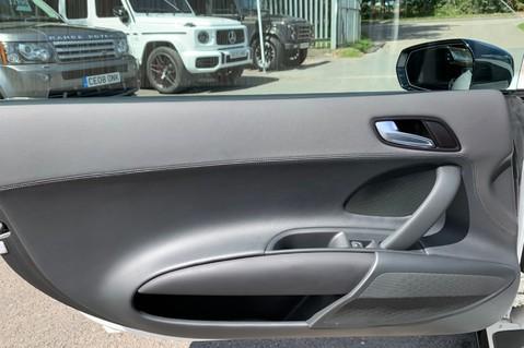 Audi R8 V8 QUATTRO S-TRONIC - LED HEADLIGHTS - FULL BLUETOOTH INTERFACE 32