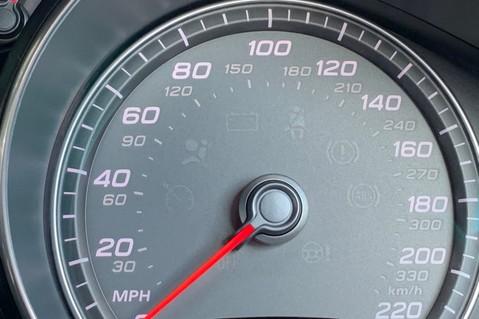 Audi R8 V8 QUATTRO S-TRONIC - LED HEADLIGHTS - FULL BLUETOOTH INTERFACE 42