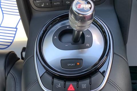 Audi R8 V8 QUATTRO S-TRONIC - LED HEADLIGHTS - FULL BLUETOOTH INTERFACE 44