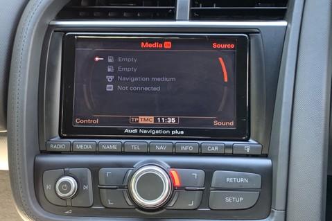 Audi R8 V8 QUATTRO S-TRONIC - LED HEADLIGHTS - FULL BLUETOOTH INTERFACE 45