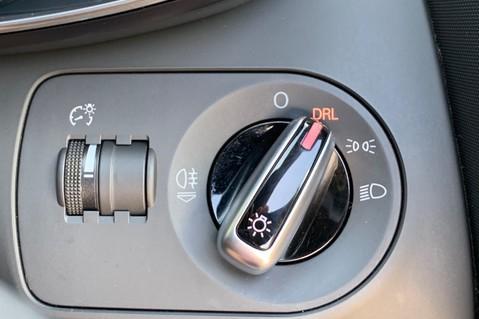 Audi R8 V8 QUATTRO S-TRONIC - LED HEADLIGHTS - FULL BLUETOOTH INTERFACE 49
