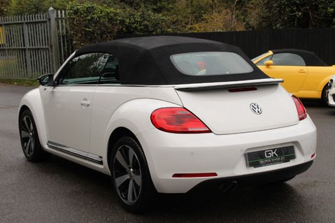 Volkswagen Beetle 60S EDITION - SAT NAV - DAB - RED/BLACK LEATHER - DEMO +1 OWNER FROM NEW 3