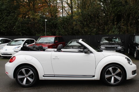 Volkswagen Beetle 60S EDITION - SAT NAV - DAB - RED/BLACK LEATHER - DEMO +1 OWNER FROM NEW 19