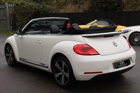 Volkswagen Beetle 60S EDITION - SAT NAV - DAB - RED/BLACK LEATHER - DEMO +1 OWNER FROM NEW 23