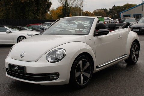 Volkswagen Beetle 60S EDITION - SAT NAV - DAB - RED/BLACK LEATHER - DEMO +1 OWNER FROM NEW 25