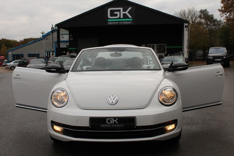 Volkswagen Beetle 60S EDITION - SAT NAV - DAB - RED/BLACK LEATHER - DEMO +1 OWNER FROM NEW 30