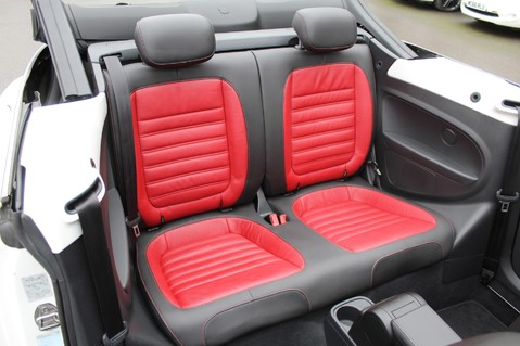 Volkswagen Beetle 60S EDITION - SAT NAV - DAB - RED/BLACK LEATHER - DEMO +1 OWNER FROM NEW 41
