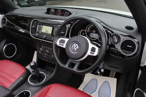 Volkswagen Beetle 60S EDITION - SAT NAV - DAB - RED/BLACK LEATHER - DEMO +1 OWNER FROM NEW 45