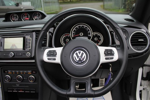 Volkswagen Beetle 60S EDITION - SAT NAV - DAB - RED/BLACK LEATHER - DEMO +1 OWNER FROM NEW 48