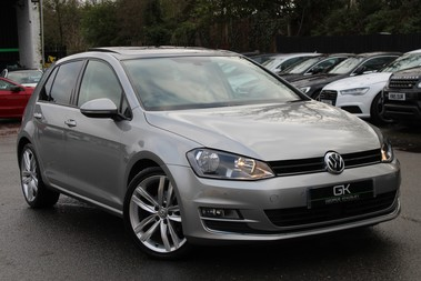 Volkswagen Golf GT EDITION TDI BLUEMOTION -EURO 6- PAN ROOF -PRO NAVIGATION -APPLE CAR PLAY