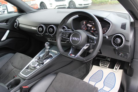 Audi TT TFSI QUATTRO S LINE S-TRONIC 230PS - VIRTUAL COCKPIT - APPLE CAR PLAY 3