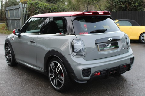 Mini Hatchback JOHN COOPER WORKS - AUTOMATIC 2