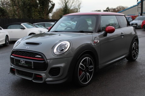 Mini Hatchback JOHN COOPER WORKS - AUTOMATIC 10