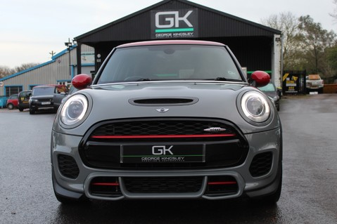 Mini Hatchback JOHN COOPER WORKS - AUTOMATIC 11