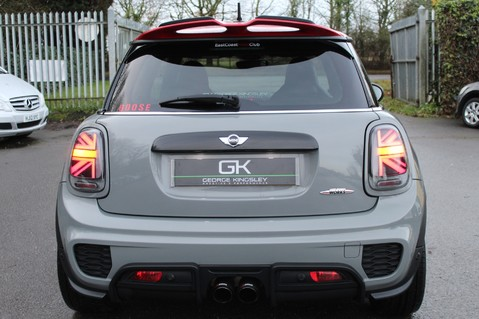 Mini Hatchback JOHN COOPER WORKS - AUTOMATIC 26