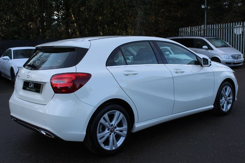 Mercedes-Benz A Class A 180 D SPORT - EURO 6 - LEATHER - REVERSING CAMERA - KEYLESS - ONE OWNER 5