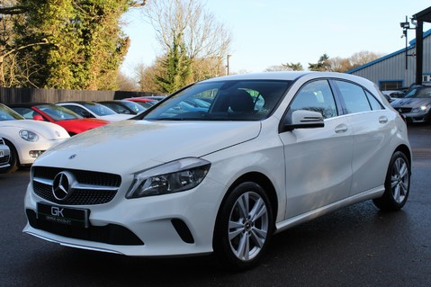 Mercedes-Benz A Class A 180 D SPORT - EURO 6 - LEATHER - REVERSING CAMERA - KEYLESS - ONE OWNER 8