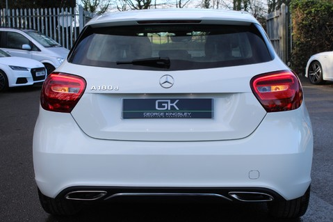 Mercedes-Benz A Class A 180 D SPORT - EURO 6 - LEATHER - REVERSING CAMERA - KEYLESS - ONE OWNER 18