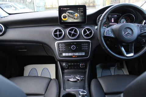 Mercedes-Benz A Class A 180 D SPORT - EURO 6 - LEATHER - REVERSING CAMERA - KEYLESS - ONE OWNER 10