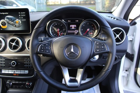 Mercedes-Benz A Class A 180 D SPORT - EURO 6 - LEATHER - REVERSING CAMERA - KEYLESS - ONE OWNER 31
