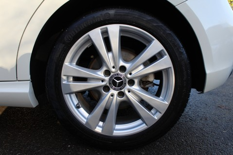 Mercedes-Benz A Class A 180 D SPORT - EURO 6 - LEATHER - REVERSING CAMERA - KEYLESS - ONE OWNER 53