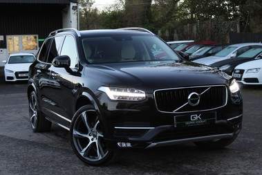 Volvo XC90 D5 MOMENTUM AWD - DEPLOYABLE TOWBAR - CAMERA - ADAPTIVE CRUISE CONTROL