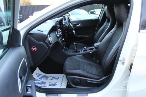 Mercedes-Benz A Class A200 CDI BLUE/EFF AMG SPORT -A45 REPLICA -SAT NAV- CARBON SPOILER - BODYKIT 10