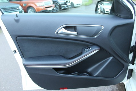 Mercedes-Benz A Class A200 CDI BLUE/EFF AMG SPORT -A45 REPLICA -SAT NAV- CARBON SPOILER - BODYKIT 26