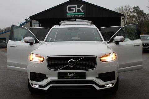 Volvo XC90 D5 POWERPULSE R-DESIGN - Pan Roof/ B+W Audio/22 Inch Alloys/Air Suspension 14