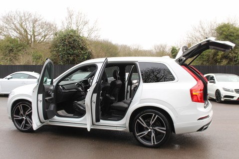 Volvo XC90 D5 POWERPULSE R-DESIGN - Pan Roof/ B+W Audio/22 Inch Alloys/Air Suspension 15