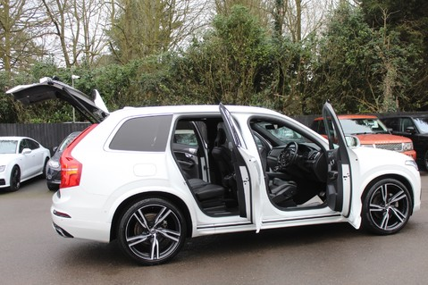 Volvo XC90 D5 POWERPULSE R-DESIGN - Pan Roof/ B+W Audio/22 Inch Alloys/Air Suspension 16