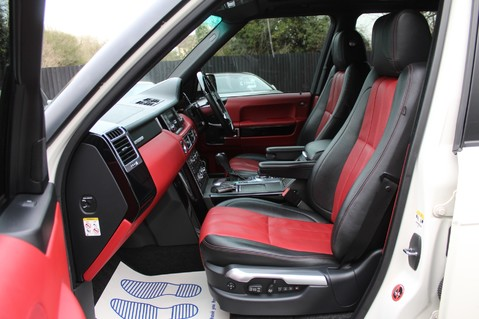 Land Rover Range Rover AUTOBIOGRAPHY TDV8 - DIGITAL TV - RED/BLACK LEATHER - DOUBLE GLAZED 3