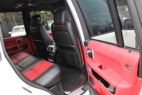 Land Rover Range Rover AUTOBIOGRAPHY TDV8 - DIGITAL TV - RED/BLACK LEATHER - DOUBLE GLAZED 32