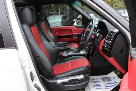 Land Rover Range Rover AUTOBIOGRAPHY TDV8 - DIGITAL TV - RED/BLACK LEATHER - DOUBLE GLAZED 41