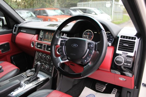Land Rover Range Rover AUTOBIOGRAPHY TDV8 - DIGITAL TV - RED/BLACK LEATHER - DOUBLE GLAZED 42