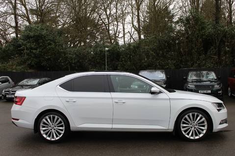 Skoda Superb SE L EXECUTIVE TDI DSG -EURO 6-PAN ROOF/KEYLESS/CANTON SOUND/APPLE CAR PLAY 4