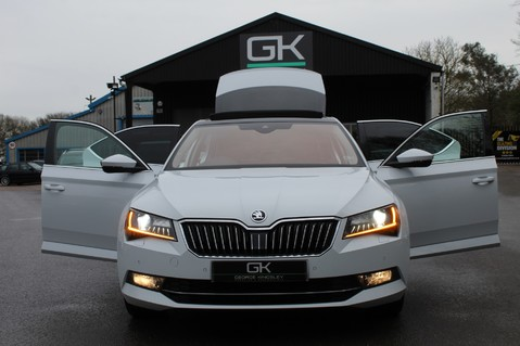 Skoda Superb SE L EXECUTIVE TDI DSG -EURO 6-PAN ROOF/KEYLESS/CANTON SOUND/APPLE CAR PLAY 13