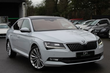 Skoda Superb SE L EXECUTIVE TDI DSG -EURO 6-PAN ROOF/KEYLESS/CANTON SOUND/APPLE CAR PLAY