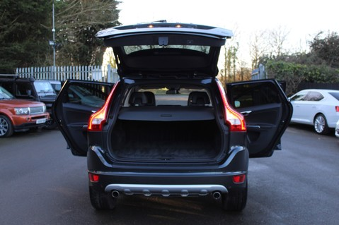 Volvo XC60 D5 SE LUX NAV AWD - POLESTAR - REAR ENTERTAINMENT/DVD PLAYERS -CAMERA- DAB 16