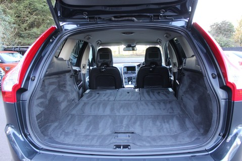 Volvo XC60 D5 SE LUX NAV AWD - POLESTAR - REAR ENTERTAINMENT/DVD PLAYERS -CAMERA- DAB 51
