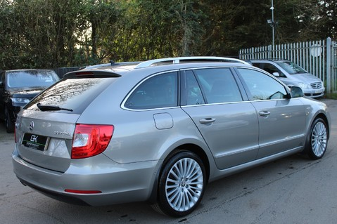 Skoda Superb LAURIN AND KLEMENT TDI CR DSG - PAN ROOF/DIGITALTV/COOLED SEATS - BIG SPEC 5