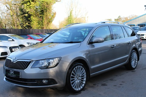 Skoda Superb LAURIN AND KLEMENT TDI CR DSG - PAN ROOF/DIGITALTV/COOLED SEATS - BIG SPEC 8