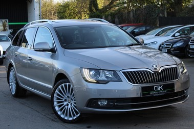 Skoda Superb LAURIN AND KLEMENT TDI CR DSG - PAN ROOF/DIGITALTV/COOLED SEATS - BIG SPEC